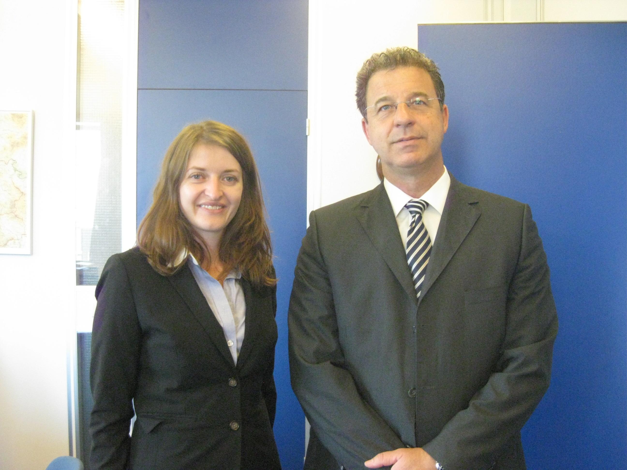 Eva with the ICTY Prosecutor